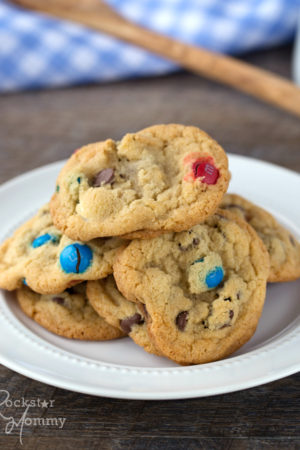 4th of July Chocolate Chip Cookies - The Rockstar Mommy