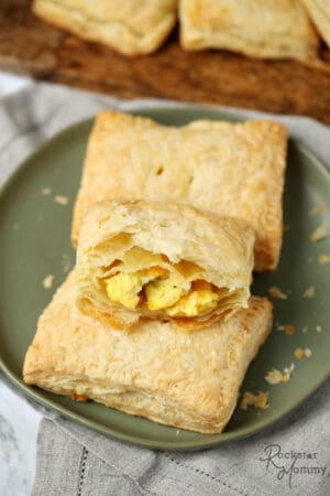 Homemade Breakfast Hot Pockets Recipe - The Rockstar Mommy